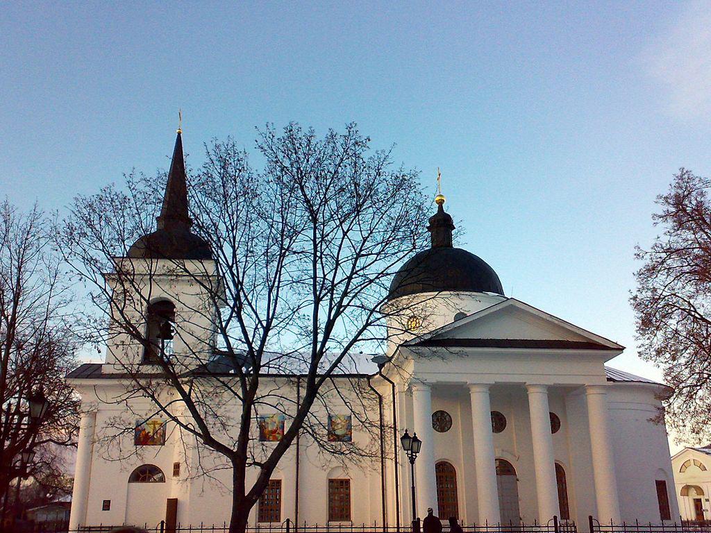 Воскресенська церква-усипальниця К.Розумовського